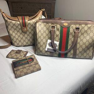 Vintage Gucci set of 4 pieces wallet speedy bucket